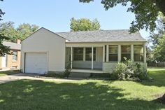 #Auction October 22nd, 2016 at 2:00 PM - 1542 Fairmount St. Wichita, KS 67208 - McCurdy Auction -  (NE) ABSOLUTE - 2-BR, 2-BA HOME W/ 1-CAR GAR.