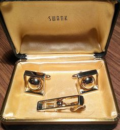 Beautiful Original Vintage Swank Goldtone Deco Cufflink Set
