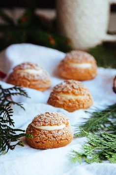 Gingerbread Cream Puffs with White Chocolate Chantilly via Hint of Vanilla #recipe