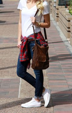 Casual look | Simple white tee, denim, plaid shirt and sneakers