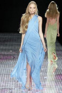 Versace Spring 2008 Ready-to-Wear Fashion Show - Tanya Dziahileva