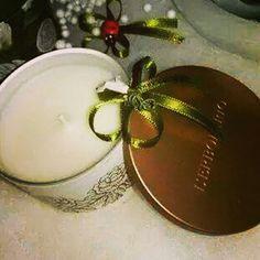 Idee regalo raffinate, prodotti di qualitá, confezioni regalo eleganti e con prodotti naturali. Tutto questo è ERBORISTERIA HIBISCUS, in via Roma 196, Melito di Napoli