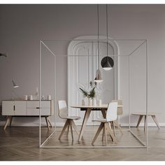 Mood Round Dining Table
