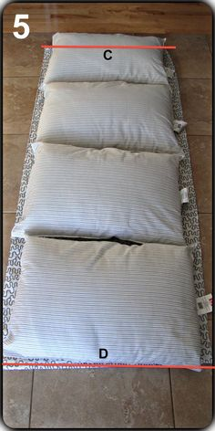 Pillow mattress- Matelas d& Pillow mattress - Diy Couture, Couture Sewing, Sewing Hacks, Sewing Crafts, Sewing Projects, Pillow Mattress, Diy Mattress, Pillow Beds, Floor Pouf