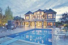 love the backyard and the big windows! So open feeling!