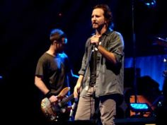 Pearl Jam - Fatal - HSBC Arena, Buffalo NY 5/10/2010  * My first front row PJ concert <3