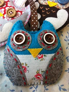 Hoot! Stuffed Owl  (great to make from scraps)
