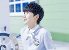 TFBOYS王源 RoyWang 王源 tfboys tfboys王俊凯 tfboys易烊千玺 Wangyuan cute adorable handsome singer