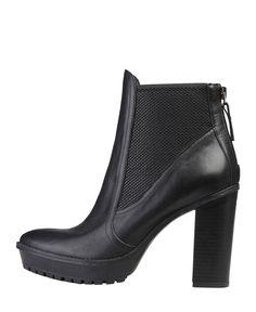 Versace 1969 abbigliamento sportivo srl milano italia - scarpe donna - tomaia: 100% vera pelle - stivaletti con elastici - Stivaletto donna felicie Nero