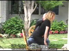 La Técnica Alexander. Buen documental en el que hay que leer, esta en inglés con subtítulos en español. Pero os lo recomiendo.