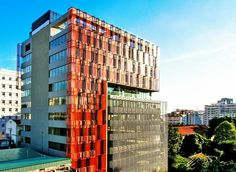 President Place - Grade A Office in District 1. Available 250sqm - $44/ sqm + VAT, including service charge and electricity charge of air-condition in working time. Present tenants: Microsoft VN, Cannon VN, Diageo VN, Line, Schindler VN, Sony VN, Starbucks Store at ground floor. http://htpproperty.com.vn/en/properties-for-lease/office-for-lease/district-1/president-place.html