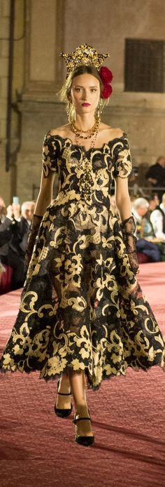 Lose the hokey crown, but the dress and gloves are very pretty.  Dolce and Gabbana Fall 2017 Couture
