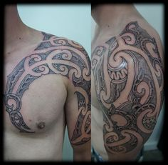 Custom-Maori-Ta-Moko-New-Zealand-Kirituhi-Tribal-Chest-and-Half-Sleeve-Tattoo-Design_tattoo-gallery.jpg 916×900 pixels