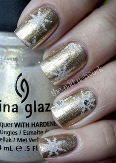 The Nail Network: Day 2: Golden Snowflakes
