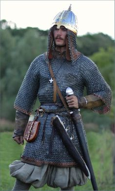 Reconstruction of of a rich warrior from Gnezdovo. Late 10th century
