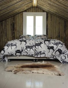 Fauna Poro (Reindeer) duvet covers bring nature into your dreams. Designed by Lasse Kovanen, the duvet cover is cm in size and the pillow case cm. Made of 100 % cotton, they are machine washable at 60 degrees. Winter Cabin, Duvet Cover Sets, Interior Inspiration, Reindeer, Dreaming Of You, Pillow Cases, 60 Degrees, Cottage, Pillows