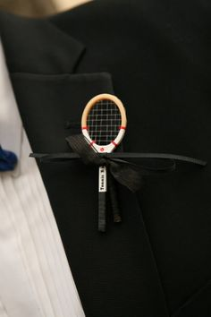 Tennis boutonniere - DIY I made this for one of my groomsmen for my wedding. Tennis Shop, Tennis Party, Wedding Themes, Diy Wedding, Wedding Styles, Wedding Ideas, Tennis Crafts, Diy Boutonniere, Sports Wedding