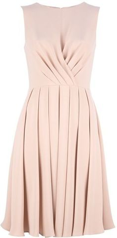Valentino Sleeveless Dress - Lyst so classy. Love this bridesmaid style in another color. Pretty Dresses, Beautiful Dresses, Gorgeous Dress, Elegant Dresses, Jw Mode, High Fashion, Womens Fashion, Timeless Fashion, Fashion Tips