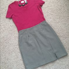 "🍀3 for$18🍀 Houndstooth  Skirt 🎉Host Pick🎉 This great skirt can be worn year round. Small side slit on front hemline. Concealed back zipper. Waist 13.5"" flat. Hip 18"". Length 18"". 100% Polyester fabric has some stretch. Dry clean. Excellent condition. Smoke free home 🎀Host Pick by @polishedtwo 😍😘 mtnhiker Skirts"