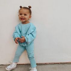 Cute Little Baby Girl, Cute Baby Girl Outfits, Toddler Girl Outfits, Cute Baby Clothes, Cute Babies, Kids Outfits, Baby Staff, Southern Baby, Dad Baby