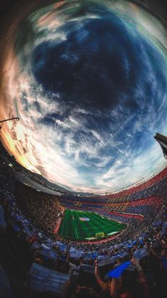 Camp Nou, Fc Barcelona Wallpapers, Soccer Photography, Leonel Messi, Soccer Stadium, Barcelona Soccer, Football Wallpaper, Football Pictures, Fc Barcelona