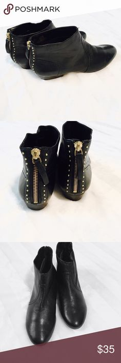 Nine West Leather Studded Ankle Booties size 7.5 Nine West black leather ankle booties with gold studs around zipper on back  Size 7.5 Heel is 1in  These show no signs of wear! Like new! 💥  ITEM A20 Nine West Shoes Ankle Boots & Booties