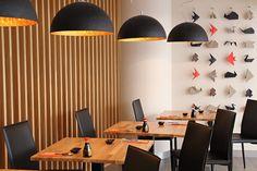 Speciální jarní nabídka Japonské restaurace UMAMI. Filátko mořského okouna restované na sezamovém oleji s listovým špenátem 150g / 250,-Kč nebo Smoked salmon roll ( uzený losos, jarní cibulka, chřest, tamago, okurka, salát, wasabi majonéza ) 8ks / 250,- Kč  Umamisushi.cz - Your 5th Taste