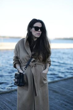 Style...COTTDS // OUTFIT / THE CAMEL COAT |