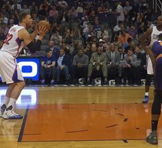 John Calipari in the court side seats at Suns-Clippers tonight. You think Doc leans over & asks for a play?