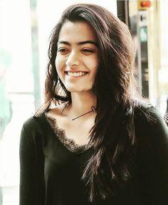 Beautiful Girl Photo, Cute Girl Photo, Beautiful Girl Image, Stylish Girls Photos, Stylish Girl Pic, Girl Pictures, Girl Photos, Hd Photos, South Indian Actress Photo