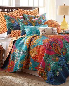 Mackenzie scroll print quilt