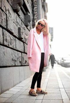 Trend alert - Rosa clarinho pink baby street style fashion look