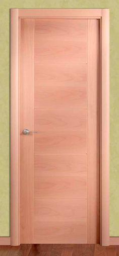 Puertas de interior ciega en haya vaporizada con grecas en - Puertas interior modernas ...