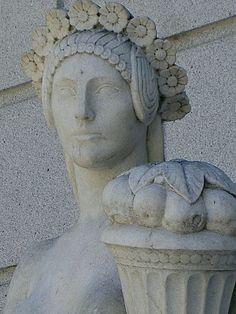 Statue detail, 2009