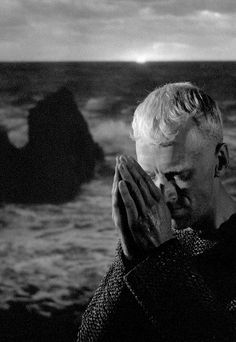 Max Von Sydow, The Seventh Seal Ingmar Bergman Cinema Art, Cinema Movies, Iconic Movies, Old Movies, Film Movie, Ingmar Bergman Films, Bergman Movies, Uppsala, Lauren Bacall