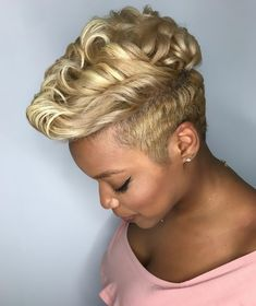 Best Ideas For Short Haircuts : Epic Color & Cut - blackhairinformat. Chic Short Hair, Short Sassy Hair, Short Hair Cuts, Short Hair Styles, Short Pixie, Pixie Styles, Healthy Blonde Hair, Blonde Pixie Cuts, Tapered Hair