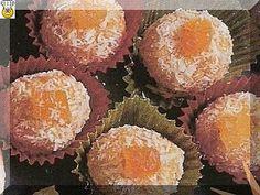 vcielkaisr-mojerecepty: Marhuľové guľky Muffin, Breakfast, Food, Morning Coffee, Essen, Muffins, Meals, Cupcakes, Yemek