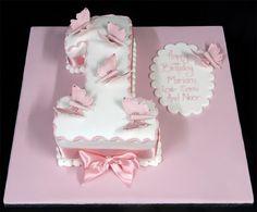 i like this cake..possibly for mia's 1st bday!