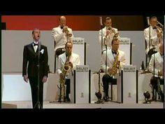Max Raabe & Palast Orchester - Vivere