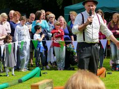 Ferret racing. Aynho Fete. 12-June 2016. It Was a 'Right Royal Do!'. (Thanks James Love, Charlton for the image)