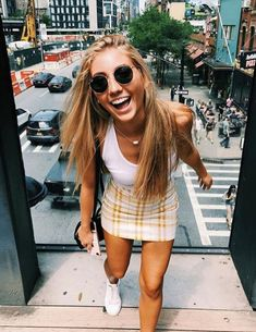 Summer Outfits For Teens, Teenage Girl Outfits, Simple Outfits, Spring Outfits, Cute Outfits, New York Outfits, Preteen Fashion, Girl Fashion, Surfer Girl Style