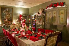 Vintage 50's dinning room retail. Lefton china, ceramic Christmas trees and Harold gale mechanical Santa store display