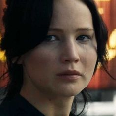 The Hunger Games: Catching Fire International Trailer -- Katniss and Peeta go on their victory tour in new footage that includes a secret meeting between President Snow and Plutarch Heavensbee. -- http://wtch.it/E3ZCi