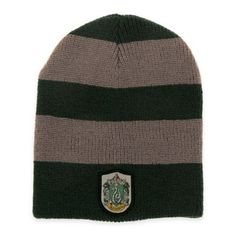 Serpents are cold-blooded and that's all the more reason to keep warm! This green and silver Slytherin Slouch Beanie includes the Slytherin crest, and lets you show your house pride! Spot clean only. Harry Potter Shop, Harry Potter Characters, Harry Potter Hogwarts, Slouch Beanie, Beanie Hats, Slouchy Hat, Harry Potter Cosplay, Costume Hats, Costumes