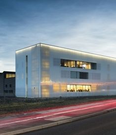 Backlit translucent polycarbonate cladding by Rodeca has provided a beacon of light for apprenticeship training.