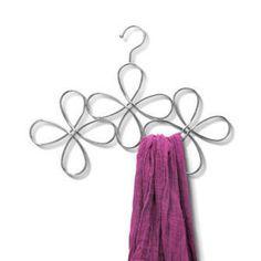 Fleur Scarf Hanger                                                                                   #HomefortheHolidays