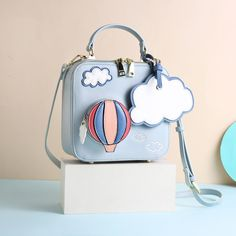 Cute Japanese Fashion Shoulder Bag on Girly Girl の To Alice.Customize Balloon Cloud Shoulder Bag Cute Square Mini Bag Gg553 catches up with the Girly Girl style.Get yourself ready to look fashion.Don't miss it.