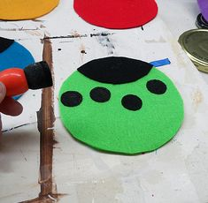 Turn old CDs into adorable Ladybug CDs. Making these ladybugs is the perfect solution for what to do with old CDs. Spring kids' crafts are such lovely ways to brighten up a day. These fun ladybug crafts are easy.