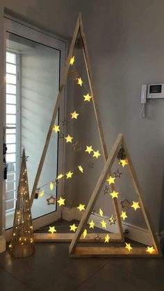 40+ Unusual Cool Christmas Tree Alternatives 2019 | MARMALETTA #christmas #tree #decor #decoration #ideas #inspiration #holiday #christmastree #xmas #home #diy #trend #design
