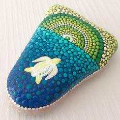 #turtle #dotilism #dotart #paintedstone #paintedrock #mandala #mandalaart #createandcherish #etsyart #etsyshop #sealife